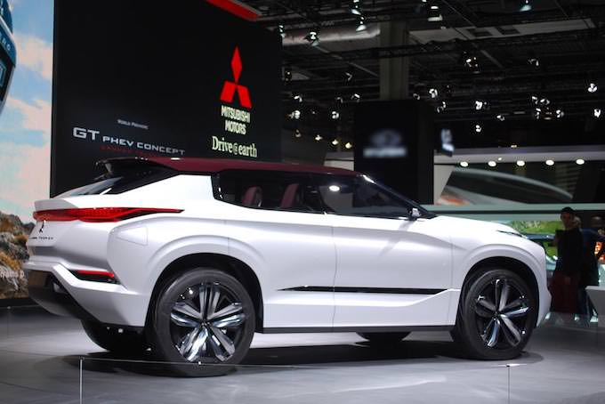 MITSUBISHI GT-PHEV Concept(リア)